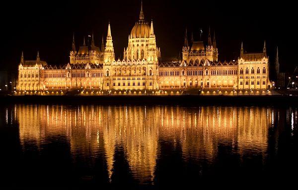 Parlamento-budapest_opt