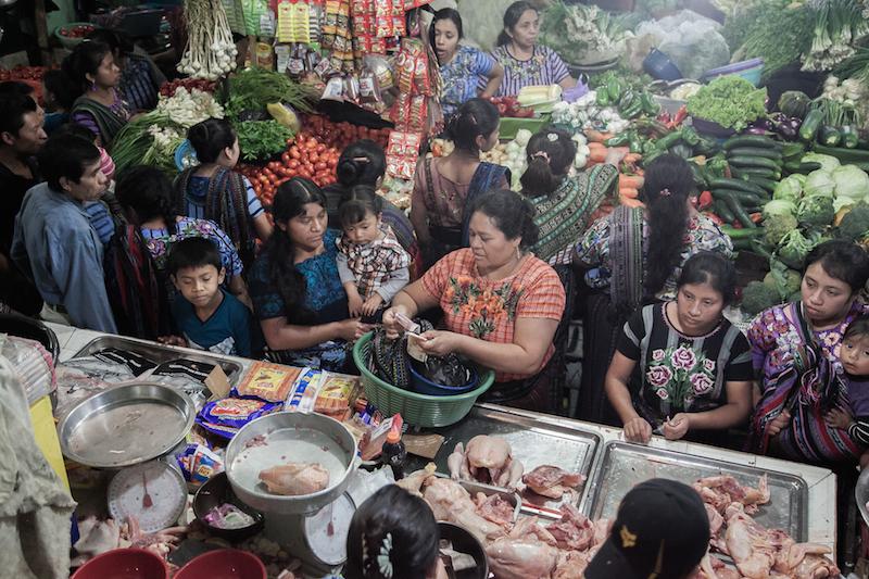 mercato-santiago-atitlan-guatemala