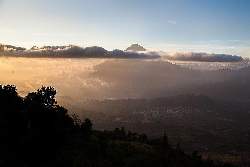 tramonto-agua-vulcano
