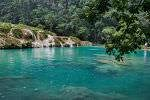 Le cave d'acqua, la natura e le pozze di giada di Semuc Champey