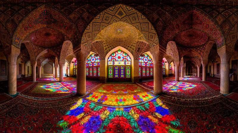 pink-mosque-iran