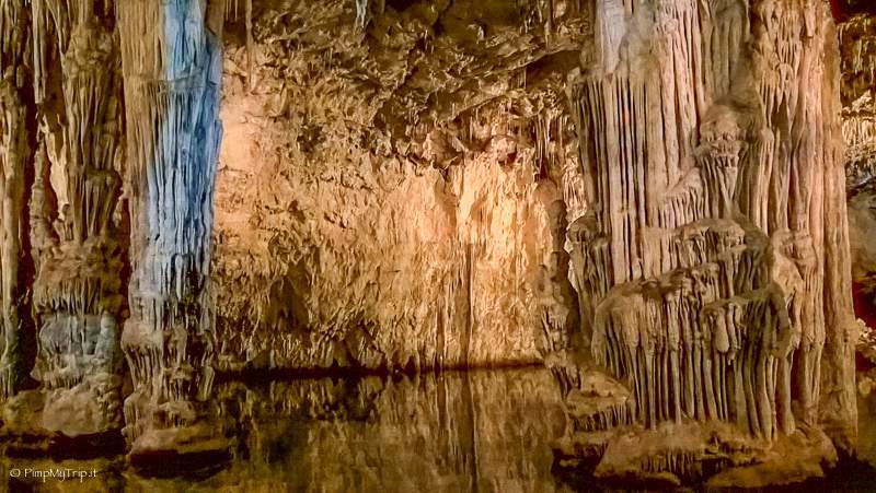 interno-grotte-nettuno