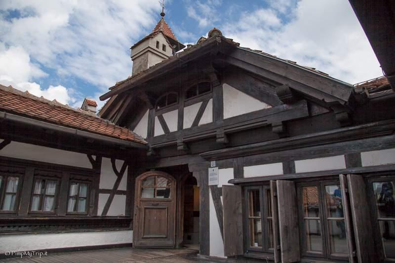 castello-di-bran-terrazza