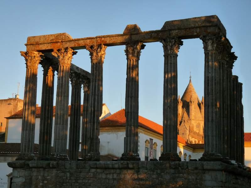 Portogallo cosa vedere Evora