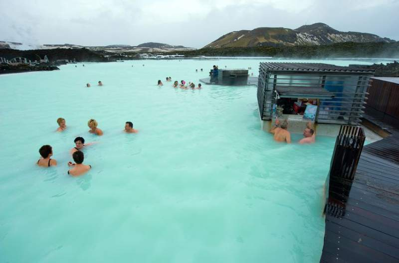 blue-lagoon-piscine