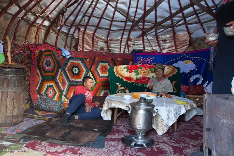divisione interna yurta