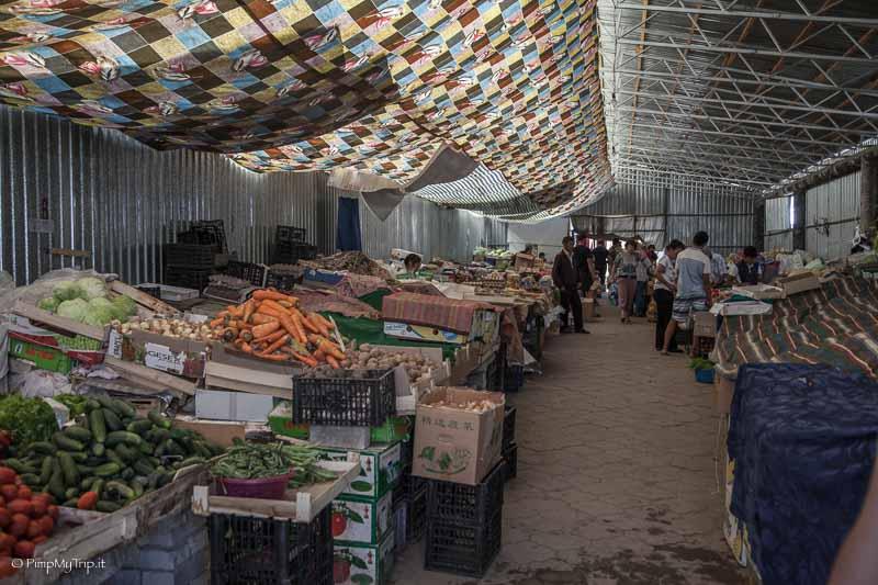 mercato-karakol