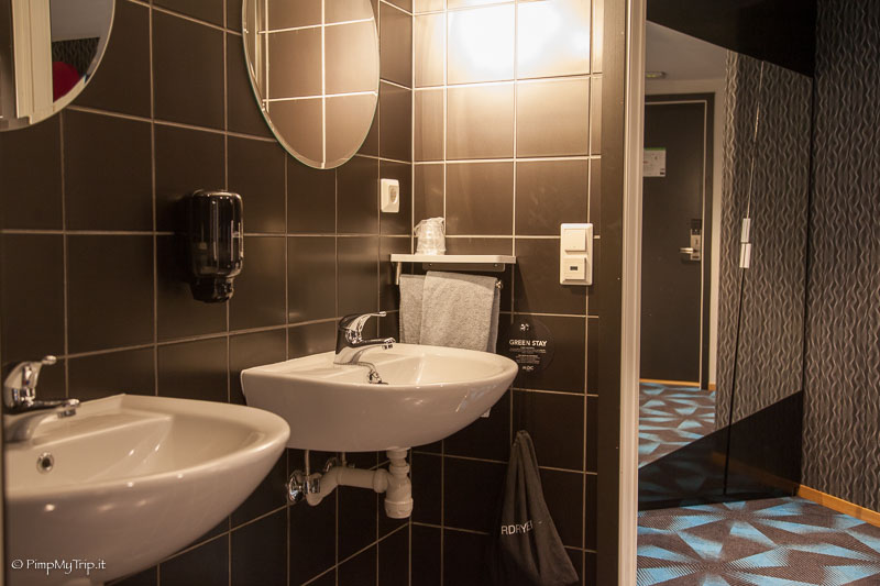 bagno-camera-magic-hotel