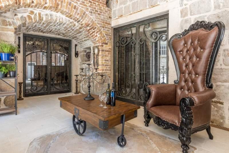 heritage-palace-varos