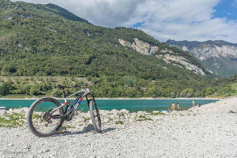 lago-tenno-bici