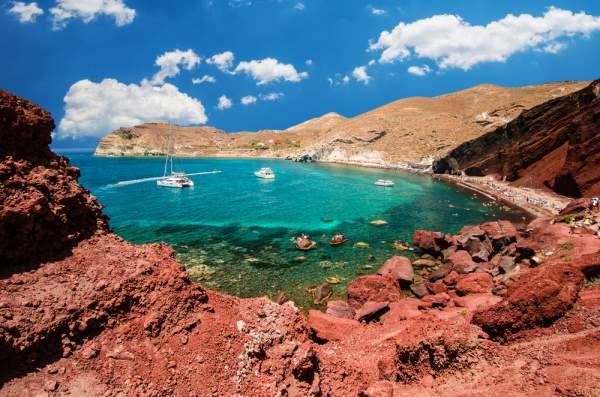 spiaggia-rossa-santorini