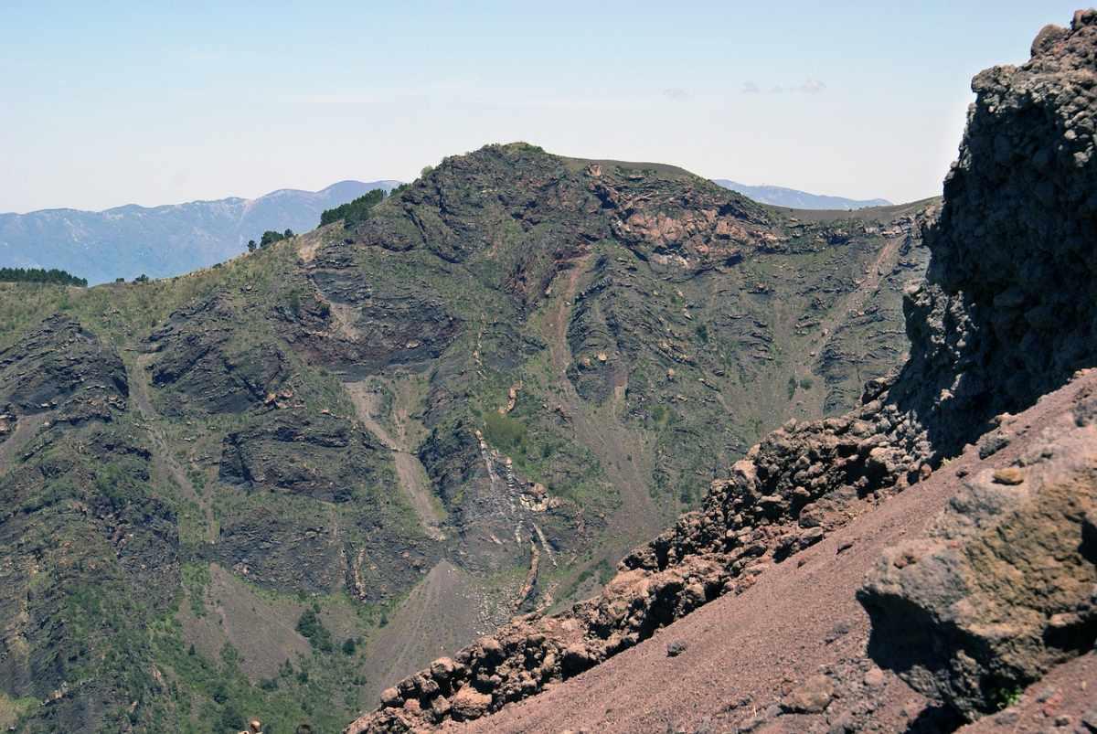 Sentieri trekking escursione Vesuvio
